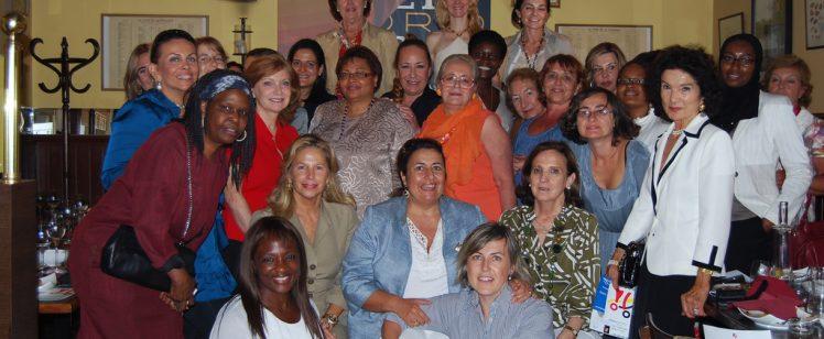 Almuerzo-charla sobre la relevancia del asociacionismo femenino