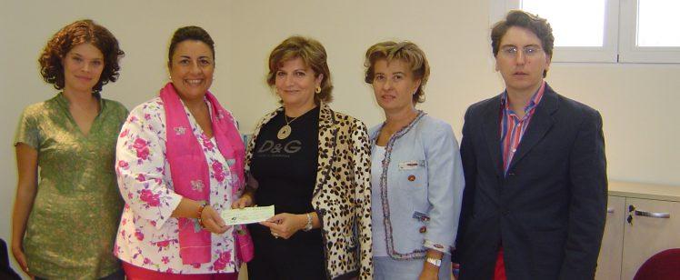 Entrega de fondos recaudados en la Gala contra la Violencia de Género