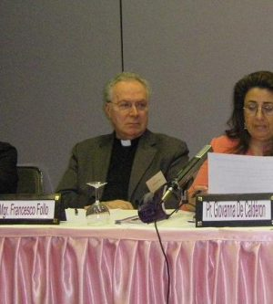 Coloquio sobre 'La Justicia y la Paz en las Santas Escrituras y el pensamiento filosófico'