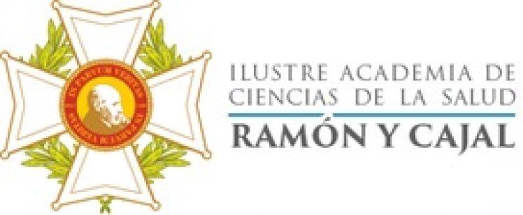 Giovanna G. de Calderón recibe la Medalla al Mérito Humanitario de la Ilustre Academia de CC. de la Salud Ramón y Cajal