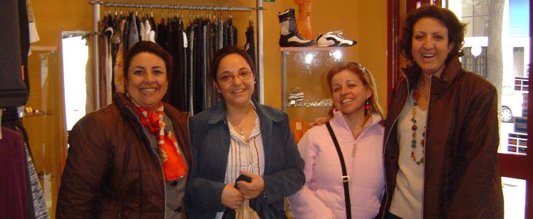 Rastrillo solidario en la tienda ALOA de Madrid