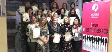 """""""¡Mujer, impulsa a Mujer""""  lema del curso Mujer y Liderazgo de MDE en Cantabria"""