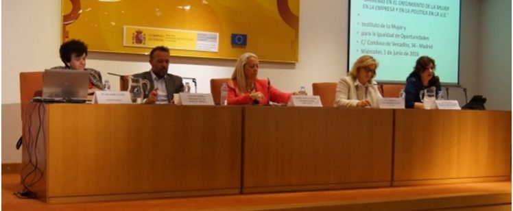 VII EMLIEPO: Barreras en el crecimiento de la Mujer en la Empresa y en la Política
