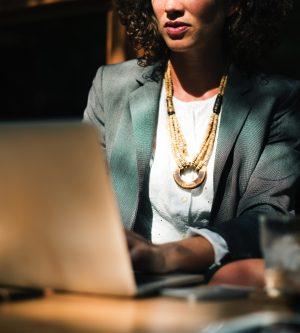 Seminario 'El papel de la Mujer como agente dinamizador del desarrollo económico'